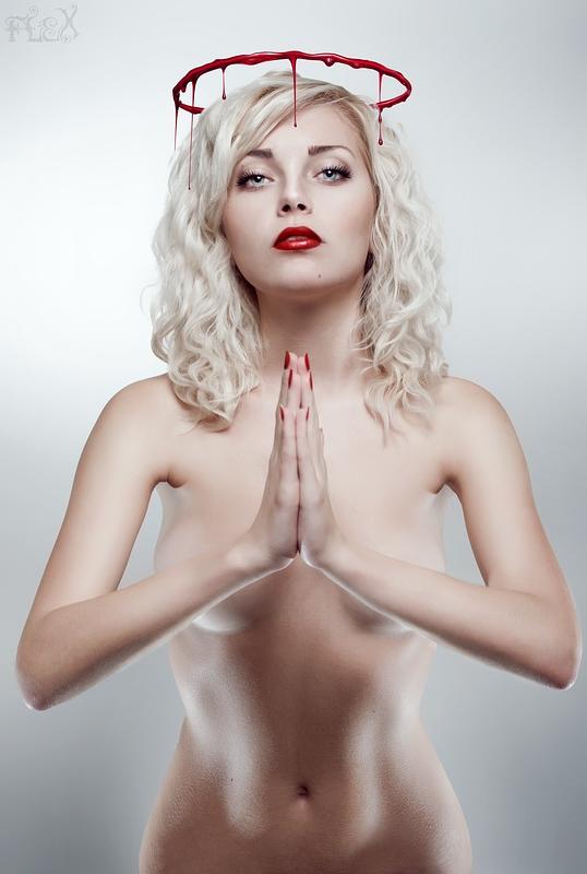 Bleeding Beauty: Saint